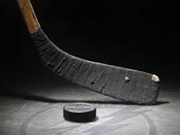 Хоккейная команда «Ижсталь» проиграла саратовскому «Кристаллу» 8:0
