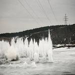 На трех реках в Удмуртии пришлось взрывать лед