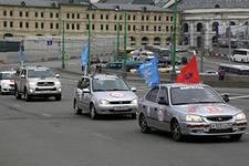 В Алнашах встретили всероссийский автопробег ко Дню Победы